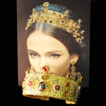 black-flower-d&g-inspired-crown-headband-swarovski-24k-gold-red-01