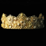 maggie-wedding-crown-roman-d&g-set-metal-vintage-24k-gold-01